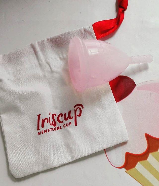 la copa menstrual modelo iriscup
